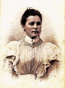 Ljudmila Hurbanova u mladosti